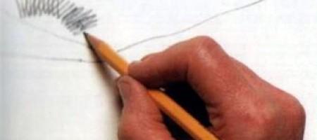 Карандаши и графит: как правильно держать карандаш