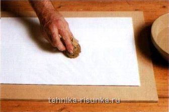 Увлажните бумагу