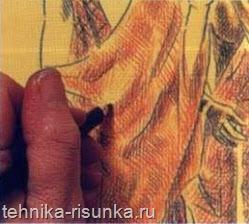 Тени в сгибах ткани
